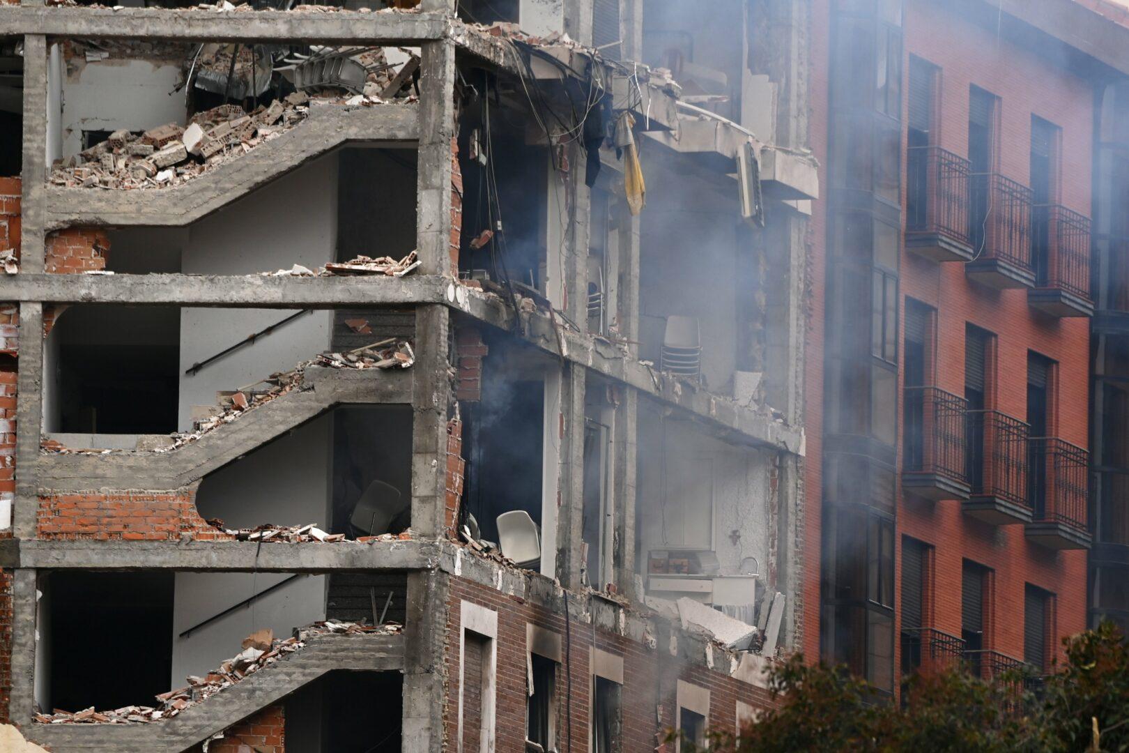 Faţada azilului din Madrid unde s-a produs explozia