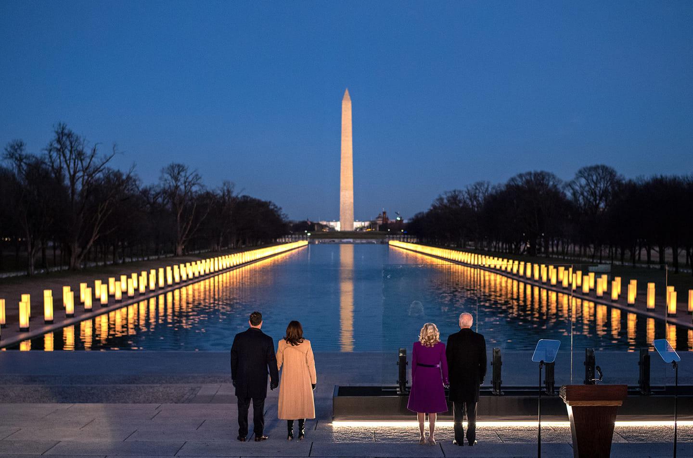 Joe Biden şi Kamala Harris, alături de partenerii lor, înainte de ceremonia de învestitură