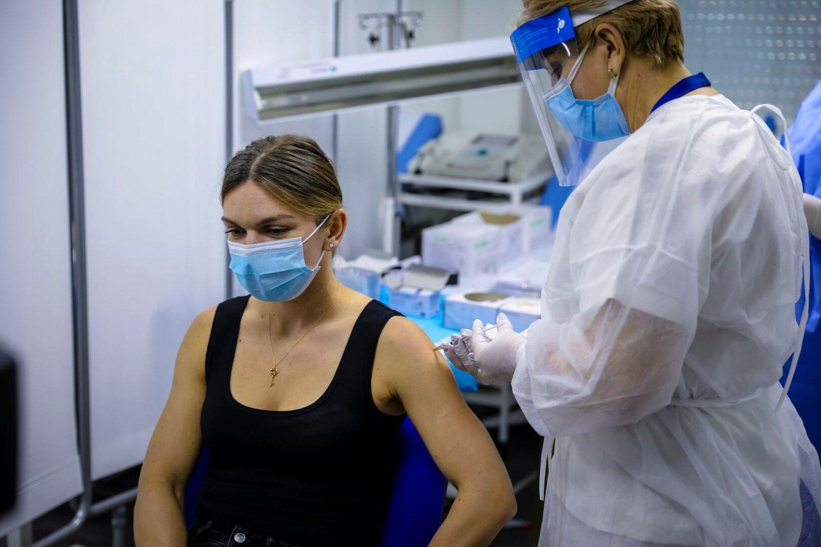 De ce s-a vaccinat Simona Halep cu vaccinul Pfizer. Explicaţia medicului Valeriu Gheorghiţă