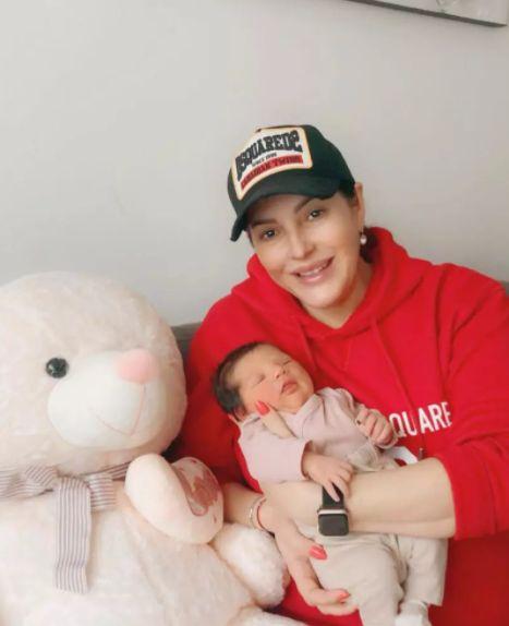Angela Rusu a devenit bunică