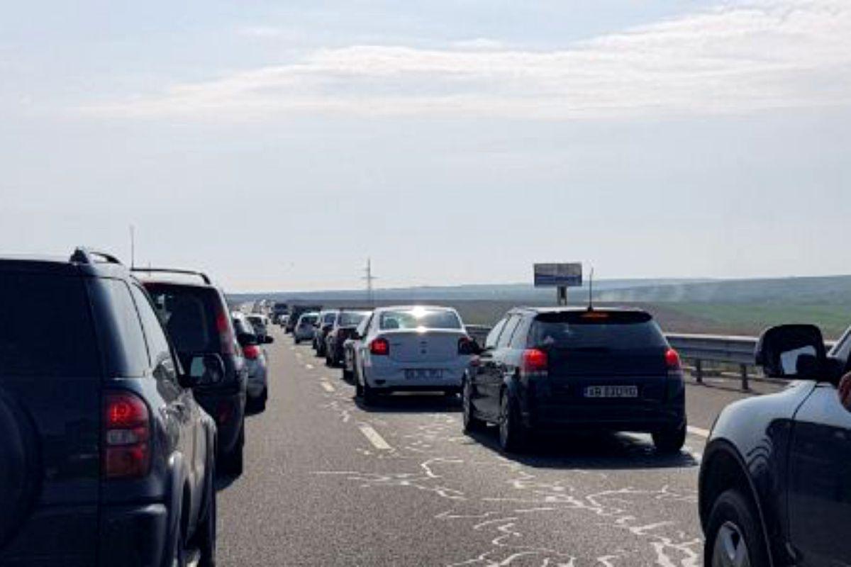 Marea relaxare a aglomerat Autostrada Soarelui şi DN 1